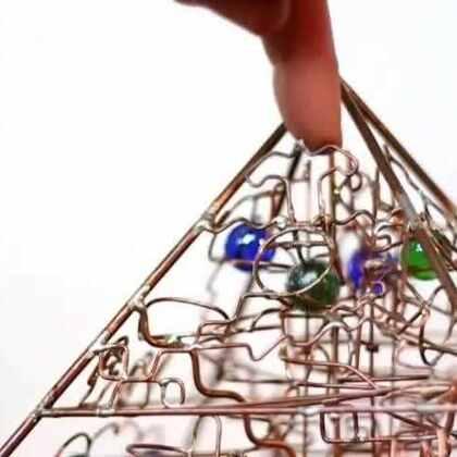 #涨姿势#你猜?弹珠从金字塔顶到底部需要多长时间