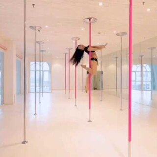 #poledance##亚洲钢管舞女神##poledanceclass##钢管舞艺术##Ella##ilovethewayyoudance##Souldancing##我的钢管舞老师##flying#