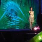 #IU#南京演唱会 演唱中文版的《你的意义》 你说这是你送给我们的礼物🎁