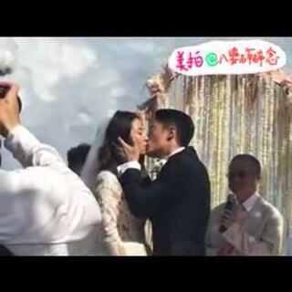 #今天爆料##霍建华林心如结婚#再来回味下这热吻的画面