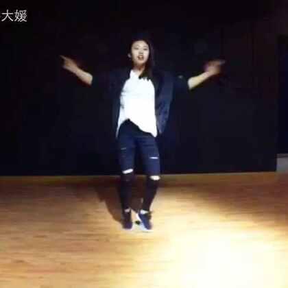 蜜汁封面😈😈😈#may j lee#编舞#superlove##敏雅音乐##舞蹈#继续加油!!!!!🌞感谢摄影小哥@小白?, 没有把我拍的太粗🙈🙊👽