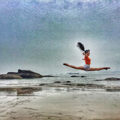 【CHEN念灵美拍表情文】#jumping##跳起来!##一起来劈叉...