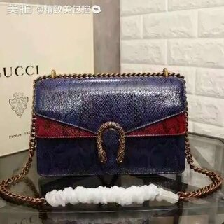 #精品包包##高仿奢侈品包包来了,赶紧入手吧##明星同款爆款#微信号:yaojuanjuan-121