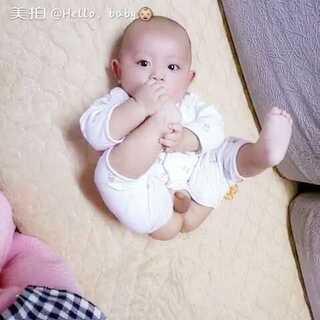 #爱吃脚丫的宝宝#忄👼👼