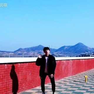 帅不过10秒,天气又冷了,带着高原红,来给你们一首不敬业的TT。(新浪微博@一个李润祺)#舞蹈##我要上热门##韩国舞蹈##twice-tt#