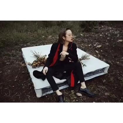 尾巴给我和大鼻孔拍的大片儿~@摄影师Nicole @刘阳Cary BGM:I don't wanna live forever