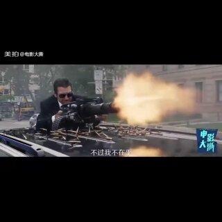 《速度与激情8》正式曝光首个预告片,原版人马相继亮相#速度与激情##电影##娱乐#