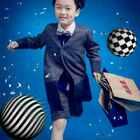 #宝宝# 做自己的时尚icon 启动纯真少年的另一番模样 叱咤童年,非同凡响 万福娃·潮拍