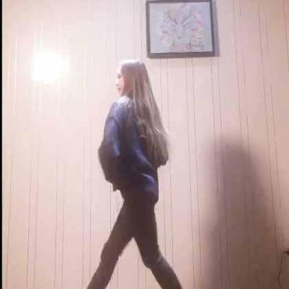 魔性的#seve#我也来凑个热闹~#舞蹈##我要上热门#@美拍小助手 我不知道该跳啥了,你们来说一说~最近我的烘焙工作室在准备中,拍了一个关于自己的小短片,第一次要在视频里说话了大家小小期待一下吧✨爱你萌~🙆🏼新浪微博 强壮pphttp://weibo.com/u/1974145444