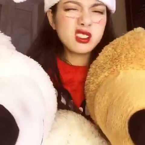 #圣诞节##音乐#昨日视频,我喜欢的表美女被帅哥强吻情啊哈哈哈哈