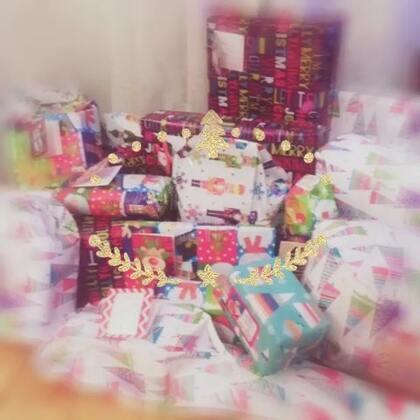忙碌的圣诞老人,给礼物包装的第五个晚上😂