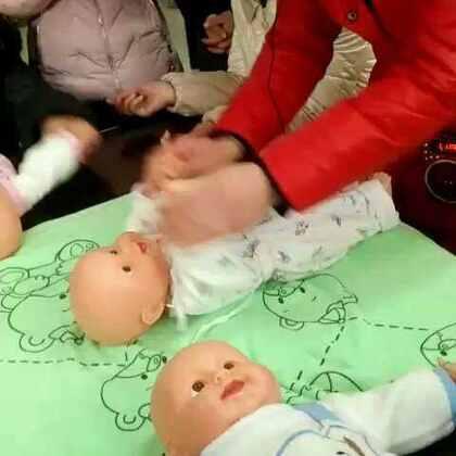 宝宝被动操的练习哦😀