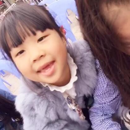 【魏艺萱小模特美拍】16-12-31 10:47