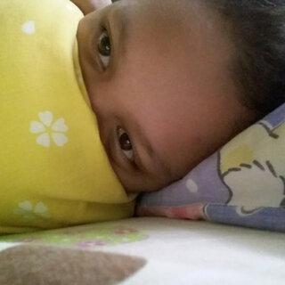 我的眼袋很大,我现在看起来像熊猫 😂 #2017##goodmorning##熊猫#