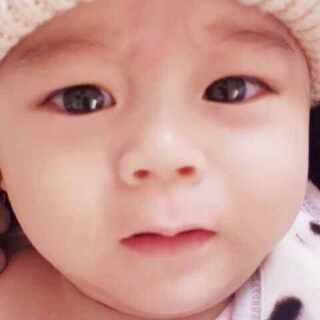 分享之前打疫苗的视频(2)打针的时候可怜巴巴的看了我一眼😭😂#宝宝##疫苗日#