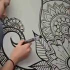 """不知道白墙要怎么装饰?那就自己动手画一个大大的""""秘密花园""""吧!👍👍👍👍#涨姿势#"""