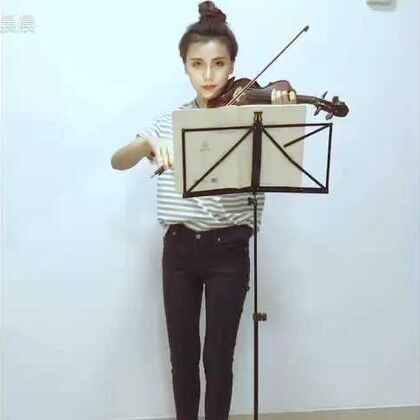 #音乐##小提琴##陈奕迅##我要上热门@美拍小助手#@音乐频道官方账号 陈奕迅串烧来啦 希望大家喜欢 ☺