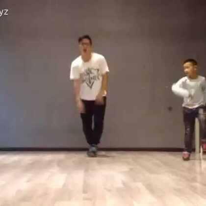 #广元米图舞蹈##随手美拍##街舞breaking##街舞#带着孩子们耍个范!太low的发型。