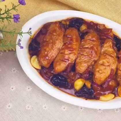 年夜菜,鸡翅是缺少不了的食材,可乐鸡翅和烤鸡翅都吃腻啦!今年就做红酒的吧!#美食##地方美食##美食作业##年夜饭#