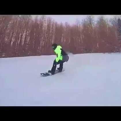 我玩爆了滑雪场!#热门##搞笑##逗比#