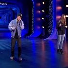K-Leah和我的舞台秀!《Who Did That To You》喜欢的就给我们点赞吧!微博http://weibo.com/u/6098693698 DharniMusic#热门##音乐#