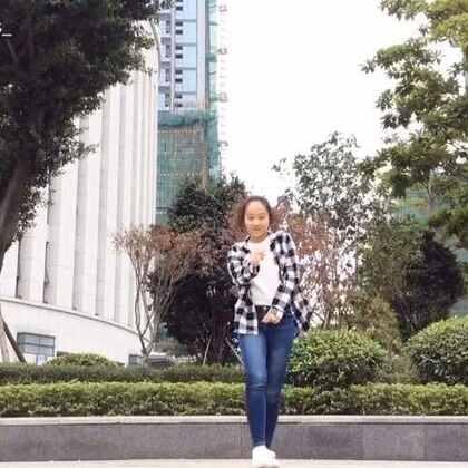 Distraction-May J Choreography.宝贝们除夕快乐!#舞蹈##敏雅春晚##May j lee##敏雅音乐##菠萝🍍#