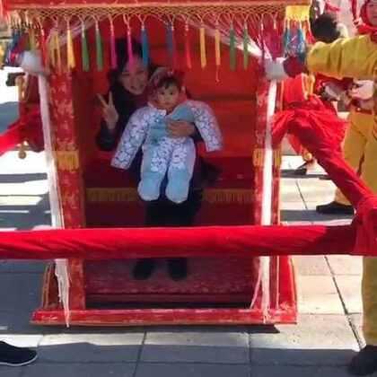 逛北京的庙会,人多热闹。亮眼睛👀#宝宝#