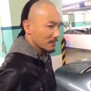有沒有看過清朝人開車?我見過????