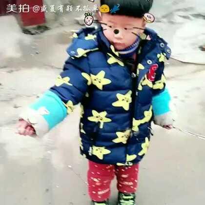 #新年快乐##宝宝#放花😘😘