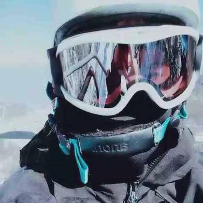 #单板滑雪#滑雪∠※高空吊椅去高级道滑雪#滑雪大冒险##我的单板滑雪日记#