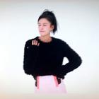 开春之际穿什么好?高个子女生@张蓝心zoe 告诉你:必须是迷你裙!迷你A字裙不仅俏皮可爱,还可以将臀部修饰出弧线效果,完美展现你的玲珑身材!更重要的是,这一单品超百搭,你大可以选择各种款式的上衣勇敢搭~还等什么?快快把它穿起来吧!