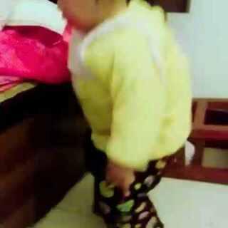#可爱宝贝爱跳舞##我家宝贝棒棒哒#宝贝很喜欢跳舞,很小的时候听到音乐就会不自觉的扭起屁股,希望以后宝贝能够把这份爱好,好好学习下去!19+16☺☺☺☺😍😍😍😍😘😘😘#宝宝成长记录#
