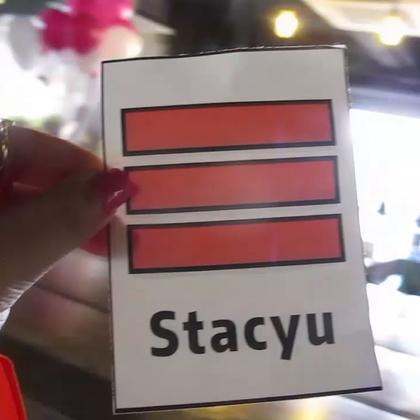 #stacyu日常# 相机日常test5 美拍杭州站活动 关注我的微博提前看 日常照片什么的http://weibo.com/stacyu 相机日常试水结束日常今后就这么一波波袭来 笔芯美拍活动详细认真 @美拍小助手 #StacyVlog# 我的美瞳都来自@嘟嘟con掌柜的 视频里的是极光蓝 希望你们周末过得很愉快,晚安💘