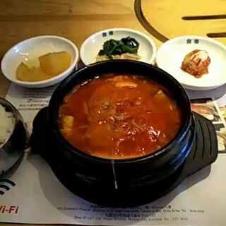 #韩国料理떡볶이##随手美拍##我是吃货我自豪#海港城韩国料理,辣嫩豆腐汤,辣辣辣!爽爽爽!😘😘