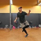 #舞蹈##Urban Dance Camp#舞脉龙门2017游学计划URBAN DANCE CAMP导师介绍之Brian Puspos ——Hit Me,酷似罗志祥的大师从天而降,喜欢的宝宝快来加入我们吧!游学详情关注【舞脉龙门】微信公众号获取。@黄庆庆-舞脉龙门 @纪托_舞脉龙门 @小嚯嚯╮(╯3╰)╭ @王明超_舞脉龙门@孙亚光-舞脉龙门