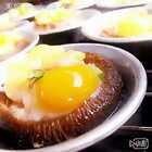 【烤双菇】香菇4个.口菇4个.培根一片.奶酪一片.鹌鹑蛋8个.香菇口菇菇搭配鹌鹑蛋和其他配料.烤出来的味道大不同.非常好吃.做法又简单#美食#