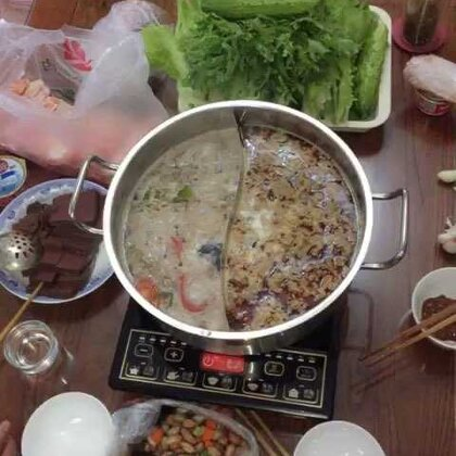 #吃秀#跟爸妈家涮锅子,这把安静的吃,省得你们说我话多☹️