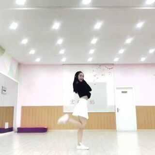 #pristin - wee woo#pristin出道曲👏🏻👏🏻炒鸡可爱的一个舞蹈呀😆#敏雅舞蹈#@敏雅可乐