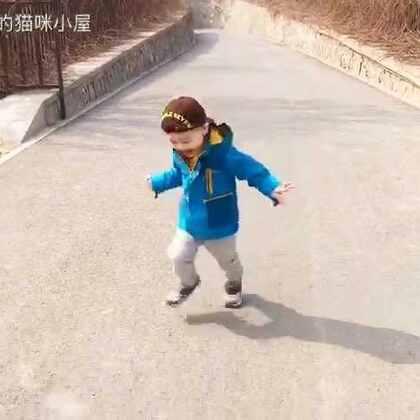 飞奔吧少年……😎#帅帅成长记##宝宝#