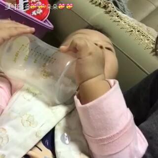 #宝宝##偷拍被发现#朵朵9个月➕27天#宝宝学说话#就喜欢叫爸爸