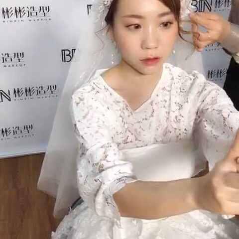 #美妆视频##我要短发##时尚上a视频@美拍小助教程微卷烫发发型教程图片