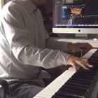 Harlem Stride style 弹这个很多人一定会想到Art tatum 或者甚至是Tommy emmanuel吧[偷笑]#爵士钢琴#