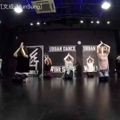 #舞蹈# jojo版 me too爵士舞 姑娘们跳的真好看😍#我要上热门#@美拍小助手 #SG舞蹈#