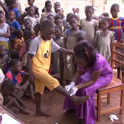 欢迎收看联合国周刊!本周,联合国与非洲联盟签署协议加强合作。联大呼吁各国政府和私营部门为可持续发展融资;全球在应对被忽视的热带病方面取得显著进展。