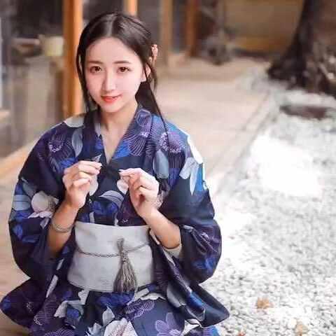 #摄影技巧#表妹去日本旅游花了200块钱买的和舍利子视频发光图片
