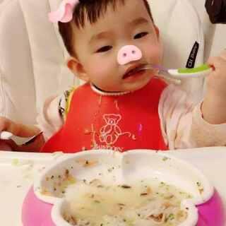 晚餐虾球面🦐没吃够,急眼啦😅#宝宝##吃秀##莊19个月#