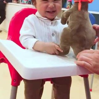 妈妈都是儿子的重度脑残粉😂我馒帅到没边了🙈#馒头11个月##宝宝##馒头笑了##馒头美吉姆#