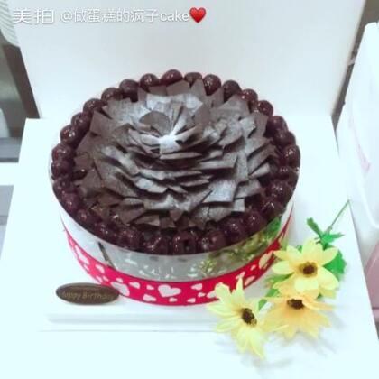 #美食##甜品##美食作业#黑乌鸦😂😂😂😂😂,你们喜欢吃白巧克力还是黑巧克力?