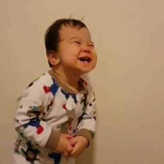 不给就不给吧还一脸坏相的😂😂😂 #宝宝##混血兄妹弟#@美拍小助手 @宝宝频道官方账号