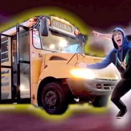 我的新玩具-一辆横跨美国的校车!#热门##搞笑#